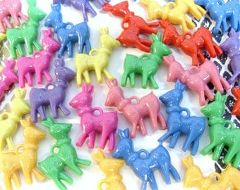 20x Deer Charms Plastic Multicoloured Christmas