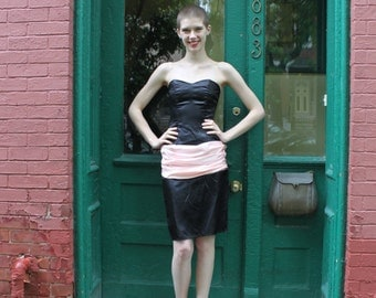 Dress 1980s 1990s Vintage 80s 90s GUNNE Sax Bustle Strapless Cocktail Bow Mini Dress Black Pink XS Xxs