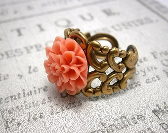 Vintage Ring Shabby Chic Style In Antique Oxidized Brass With Coral Chrysanthemum Flower Cabochon