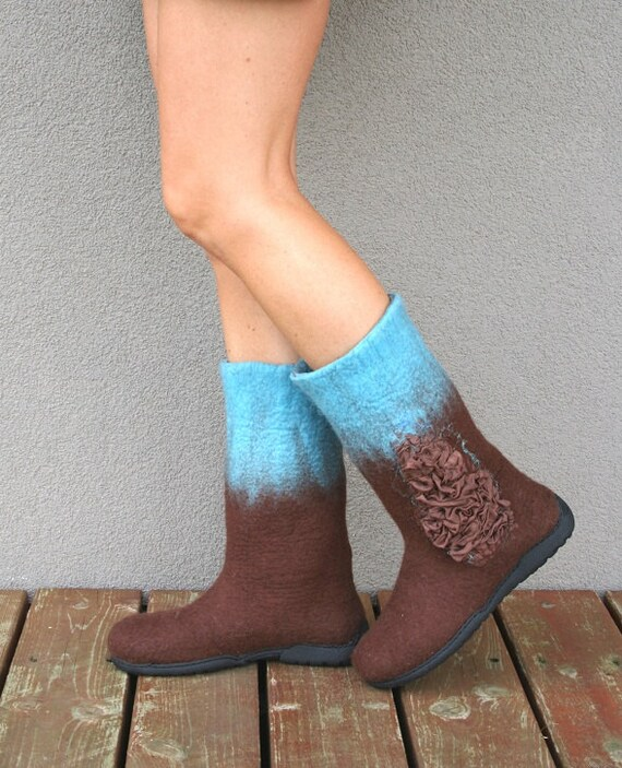 Felted boot - handmade women shoes - felted wool booties - us 6.5 - 7 ooak