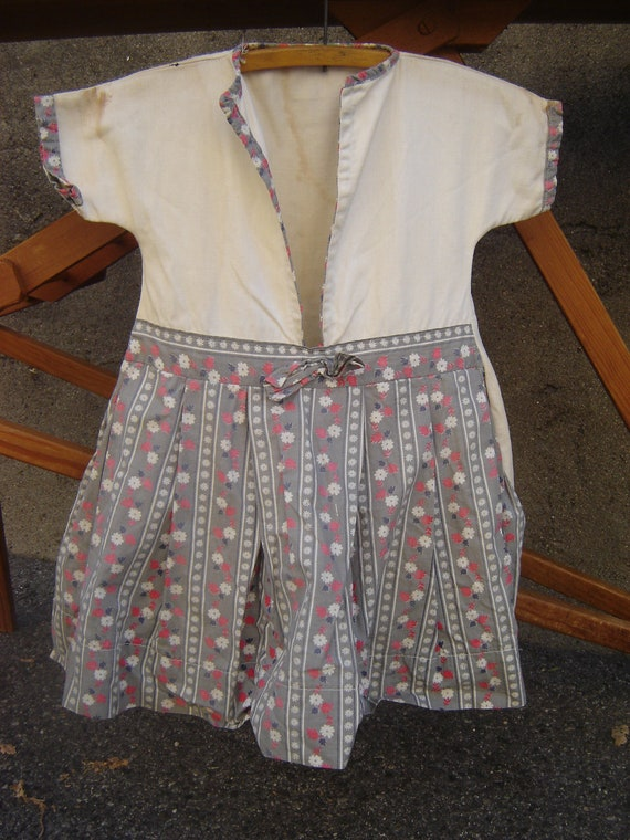 Vintage Clothes Pin Laundry Bag ~ Like Little Girl's Dress ~ Large Holds Lots of Clothespins
