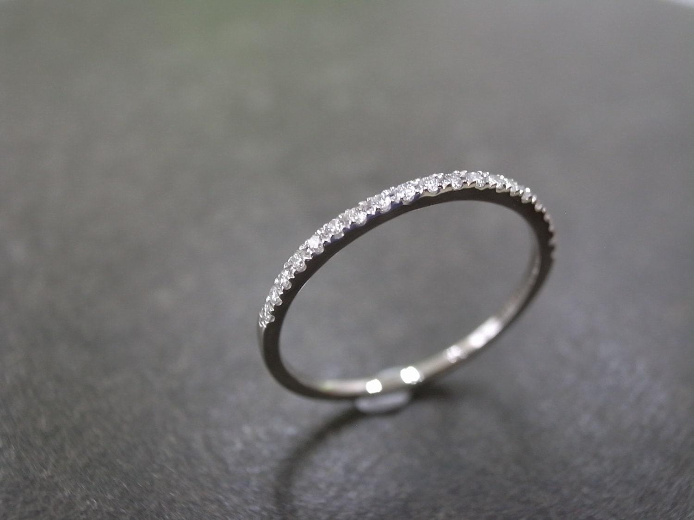 1.5mm Diamond Wedding Band In 14K White Gold Thin Ring
