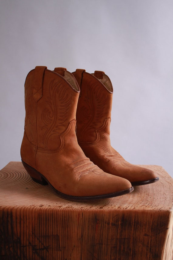 vintage leather cowboy boots / suede ankle booties / fall winter fashion