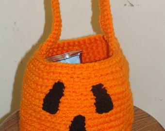 Crocheted Halloween pumpkin bag/basket