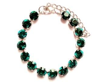 Emerald Green 8mm Swarovski Crystals Adjustable  Bracelet  //  Bridal , Wedding , Party, Prom, Hollywood, Sabika style