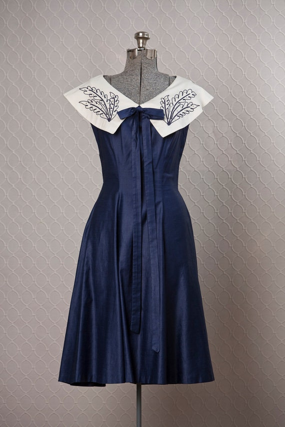 1940s Dress // 40s Vintage Dress // Navy Nautical Dress