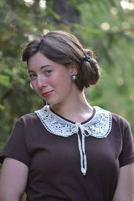 Lace Collar Knit Top // Hot Chocolate Brown Embellished Tee // Crocheted Bow Tie Collar