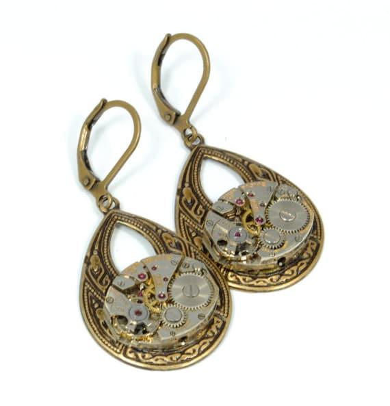 TEARDROP Steampunk Earrings Steampunk Vintage BULOVA Watch Earrings Dangle Earrings Wedding Steampunk Jewelry by VictorianCuriosities