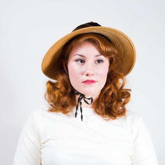 vintage 1930s hat / wide brim hat / Bonnet