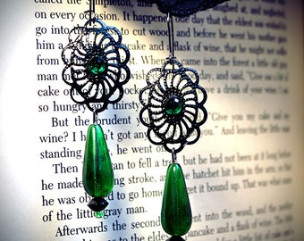 Gothic Green earrings, filigree, romantic, emerald, rhinestone, vintage, elegant, glass, gothic, absinthe, fairy, Victorian, Edwardian