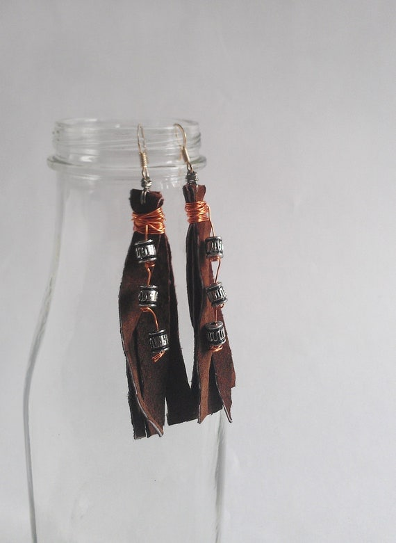 "Leather Fringe Earrings with Beads - ""Maria"""