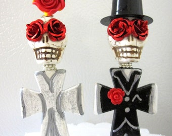 Skull Day of the Dead Cake Topper Giant Sugar Skull Gothic Wedding Pin Bride & Groom - Full Bodied w/Stand
