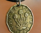 uk ENGLAND COIN NECKLACE english  jewelry pendant thrift pence flower. choose year No.00674