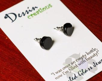 CUSTOM STUD Earrings, Glass Bottle Jewelry, Guy Gift, Mens Earrings, Dessin Creations