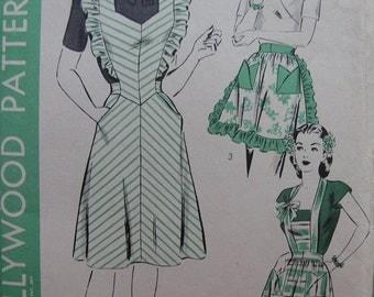 Fabulous Vintage 40's Misses' PINAFORE, BIB And TEA  Apron Pattern Factory Folded