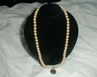 majorca pearl necklace