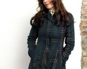 cozy fall. vintage 60s plaid fall coat with fleece lining. size small