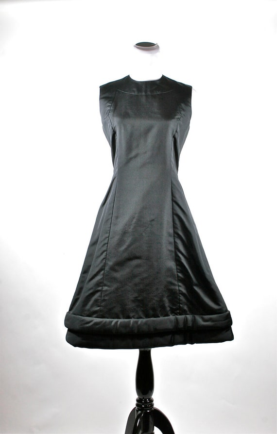 Vintage Black Evening Gown in Thick Taffeta With Tiered Skirt circa 1950s  Size 6  REDUCED