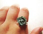 Grey Resin Cabochon Flower Ring