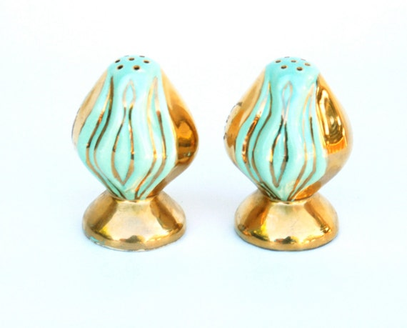 Salt and pepper shakers, gold and seafoam green, 1950's vintage.