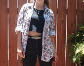 1990s Floral Rose Print Button Front Shirt w Front Pocket / Size Large
