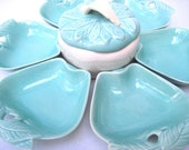 Apple shaped  dishes turquoise party Hoenig mid century vintage party set