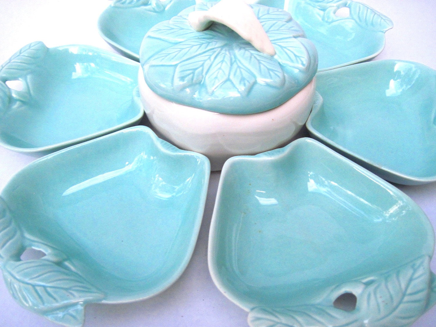 apple shaped dishes turquoise party hoenig mid century. Black Bedroom Furniture Sets. Home Design Ideas