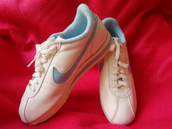 Womens Aerobic Shoes
