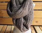 CUSTOMIZABLE Adult Very-Chunky Infinity Crochet Scarf
