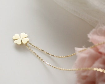 Four Leaf Clover Necklace- simle, cute, dainty jewerly- good luck  - EG1018