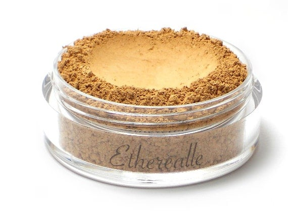 CLEARANCE - Mineral Foundation Powder with Pearl Powder - Pearlblend Caramel - medium shade with a yellow undertone