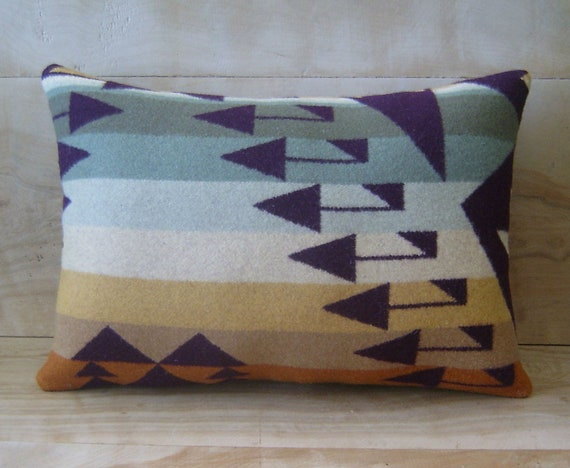Pillow - Pendleton Wool Fabric - Arrow Tribal Geometric Mint Sage