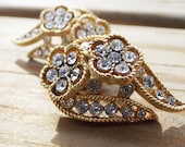 Trifari Daisy Rhinestone Clip On Earrings