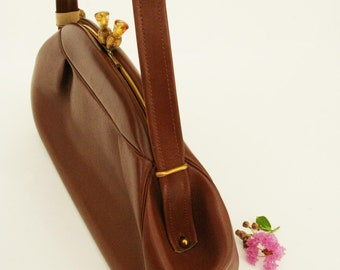 Vintage 1940s purse, brown leather purse with silk interior, from dead stock, FALL, AUTUMN handbag
