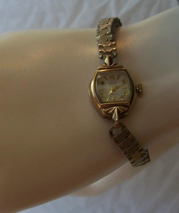 vintage working lady 39 s gruen watch expansion bracelet band. Black Bedroom Furniture Sets. Home Design Ideas