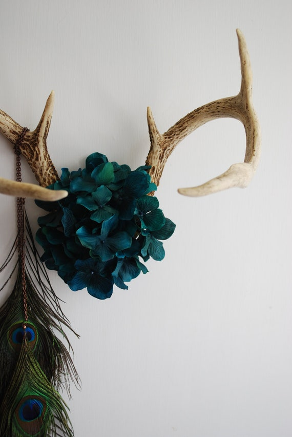 Deer Antlers with Flowers & Peacock Feathers - Wall Hanging Taxidermy 7 Point Rack Home Decor Teal Hydrangea Jewelry Necklace Holder