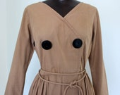 SALE 60s cotton khaki full skirt dress w/ tie belt /longsleeve