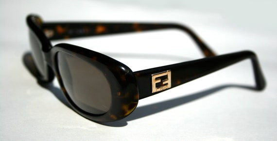 fendi eyewear freo  FENDI Sunglasses Thick Frame Squared Oval Tortoise Shell w Dark Brown  Lenses Designer Sunnies Made in