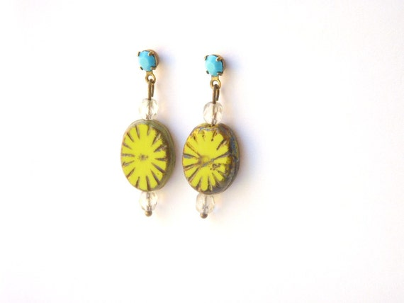 Turquoise Lime Green Earring, Bright Chartreuse Beaded Small Dangle Earring, Post Dangle Earring, Vintage Look