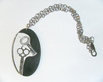 Alicia Keys Recycled cd necklace