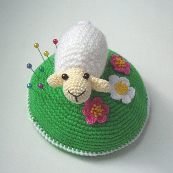 "PDF PATTERN Crochet pin cushion /home decor ""Little white sheep on blooming green lawn""/cute lamb on meadow/kawaii ewe/mother's day gift"