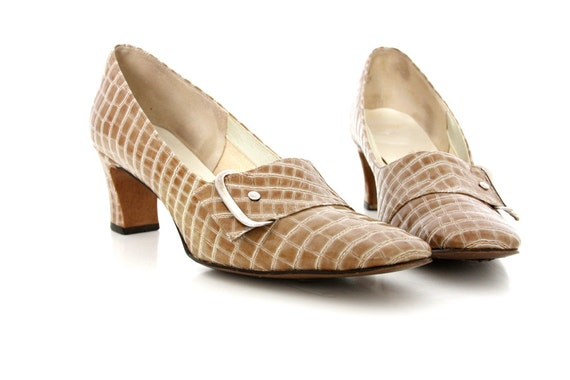 Womens 1950s Vintage Shoes  // Tan Snakeskin Heels // Naturalizer Leather Loafers // Feminine Preppy Style // Size 8 - 8.5