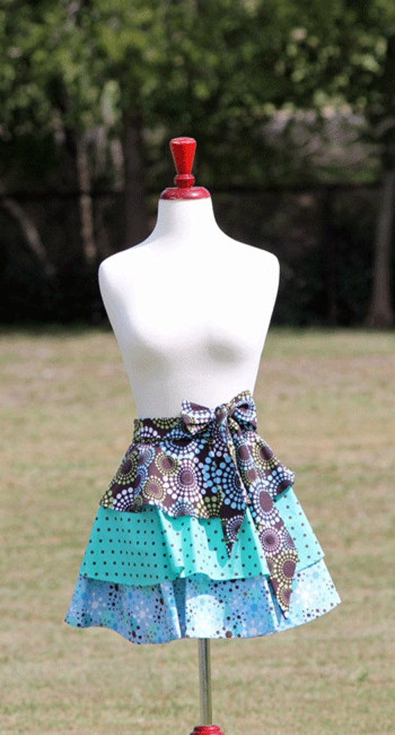 https://www.etsy.com/ca/listing/110289483/womens-brown-blue-mod-print-half-apron?ref=sr_gallery_34&ga_search_query=blue+half+apron&ga_order=most_relevant&ga_ship_to=CA&ga_search_type=all&ga_view_type=gallery