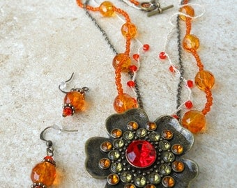 Gypsy fire flower necklace with matching earrings