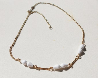 Vintage necklace chain with white beads by Sarah Coventry from the 1970s Free USA Shipping