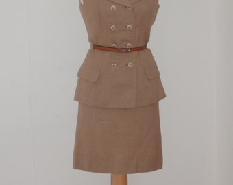 A classic vintage Jack Feit 1970s beige double breasted skirt suit