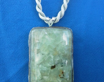 Green Rutilated Quartz, Chipped Gemstones, Resin Pendant, Necklace, Jewelry