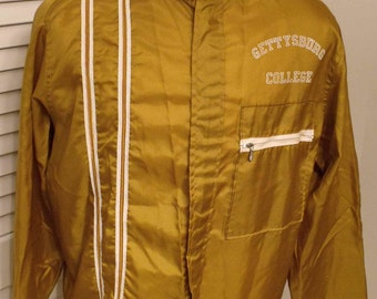 Vintage long sleeve zippered windbreaker from Gettysburg College by Swingster Jackets