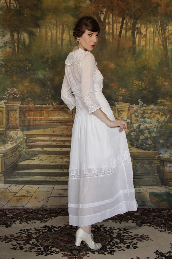 1900s Edwardian Gown . Antique Dress . Cotton . Vintage Bridal Attire