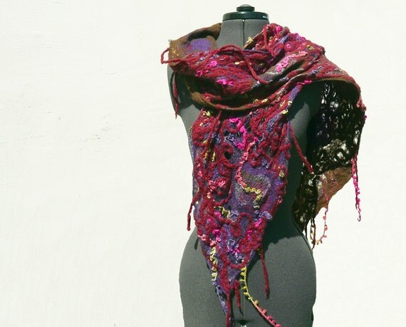 RESERVED Felted scarf chunky fish net Purple Red wine